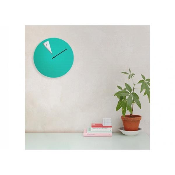 orologio-da-parete-sabrina-fossi-freakishclock-verde
