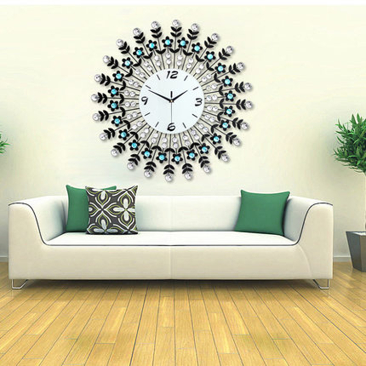 Per il tocco finale di un soggiorno moderno: quale orologio da ...